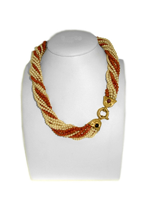 4805eb004df2 Collar trenzado de perlas y corales a precio de ocasión.
